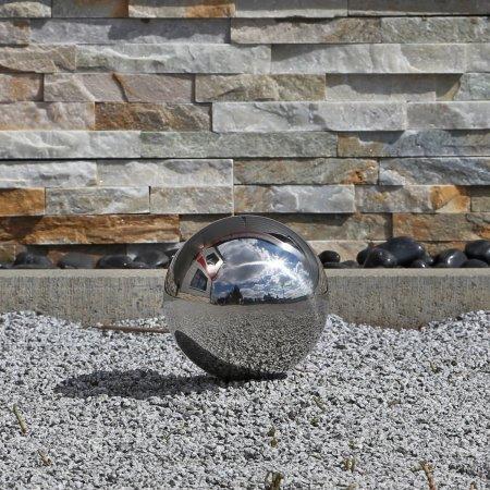 sfere decorative da giardino